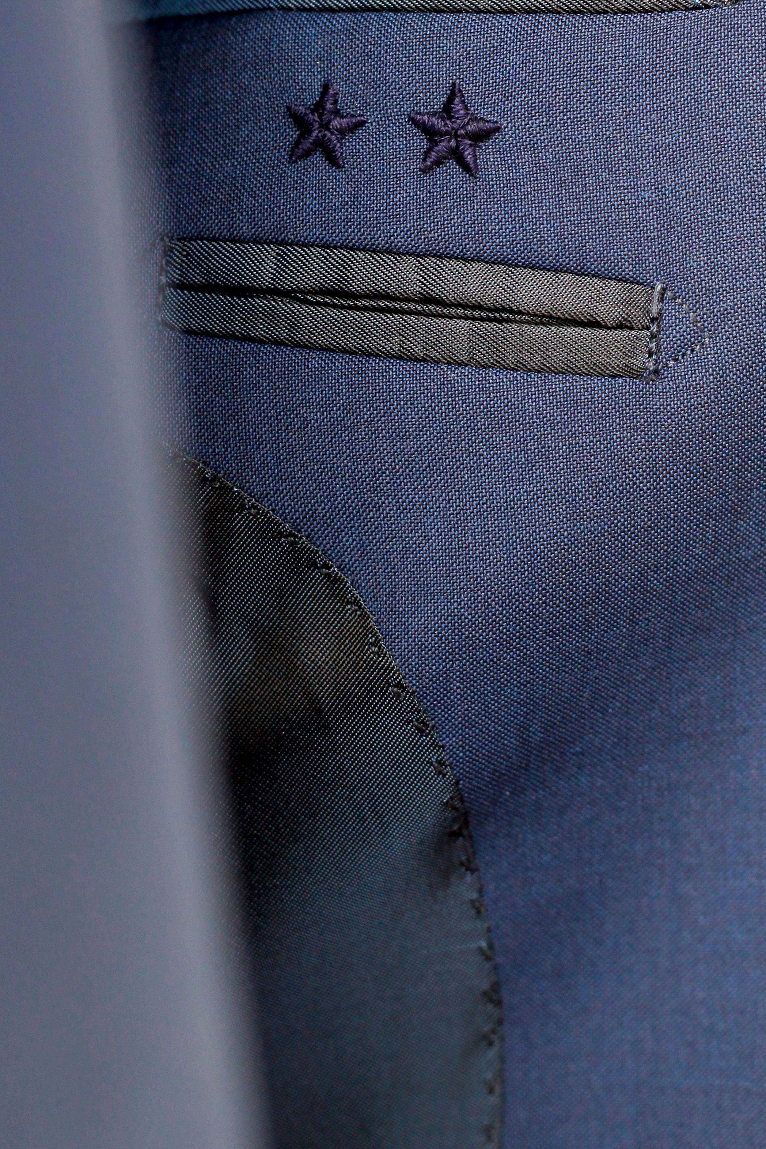 detail-costume-étoiles.jpg