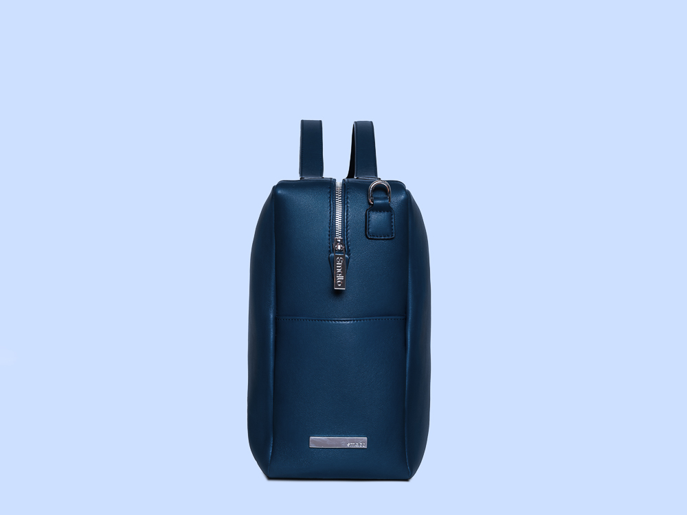 bag blue profile web.jpg