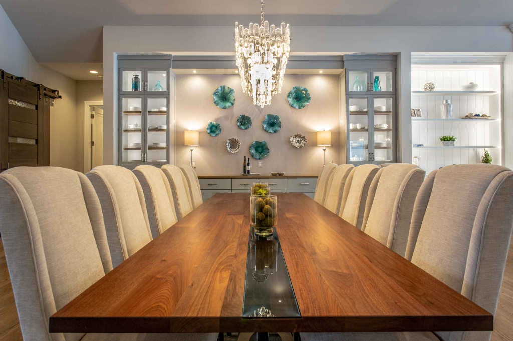 Dining Table Front.jpg