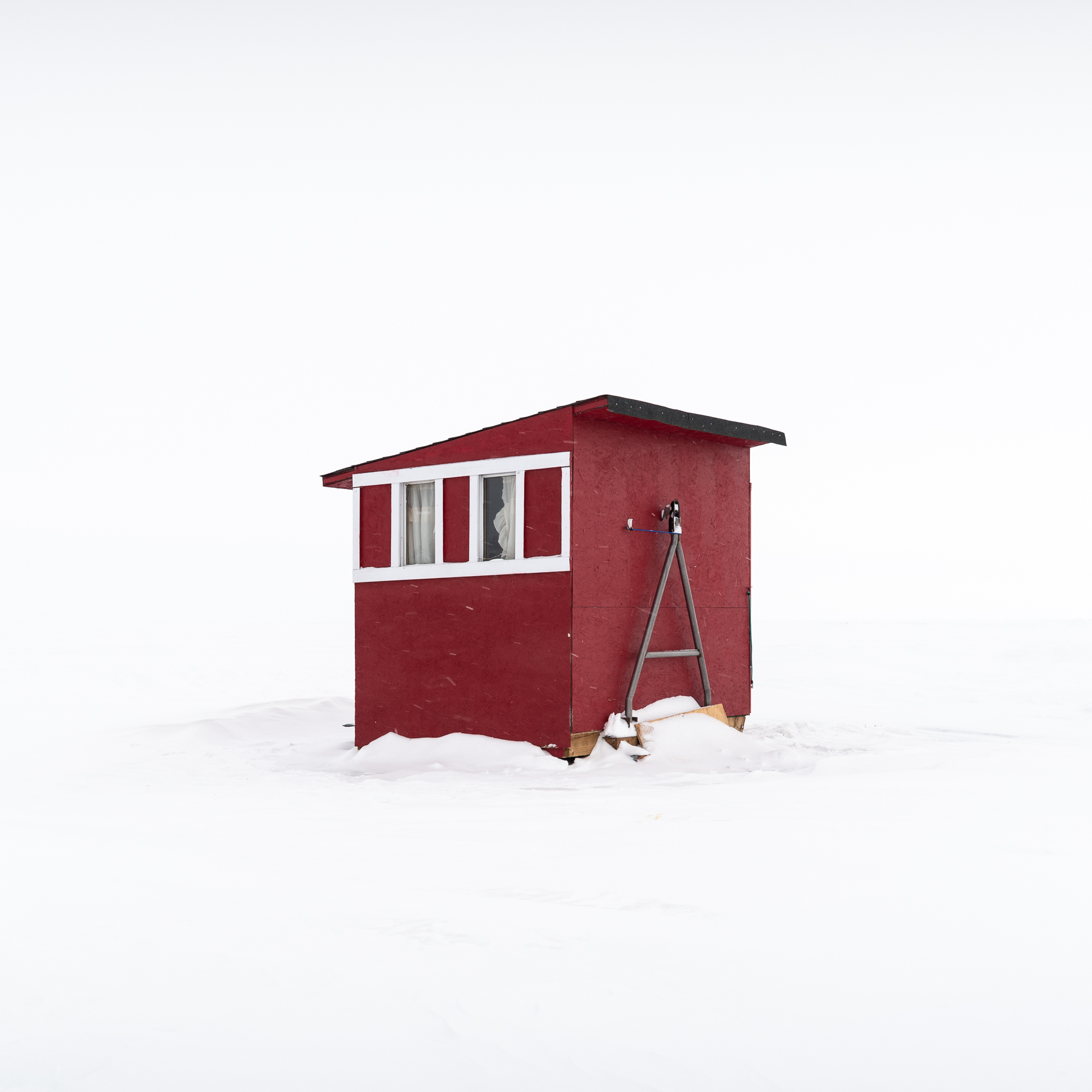 Ice Fishing Hut IV