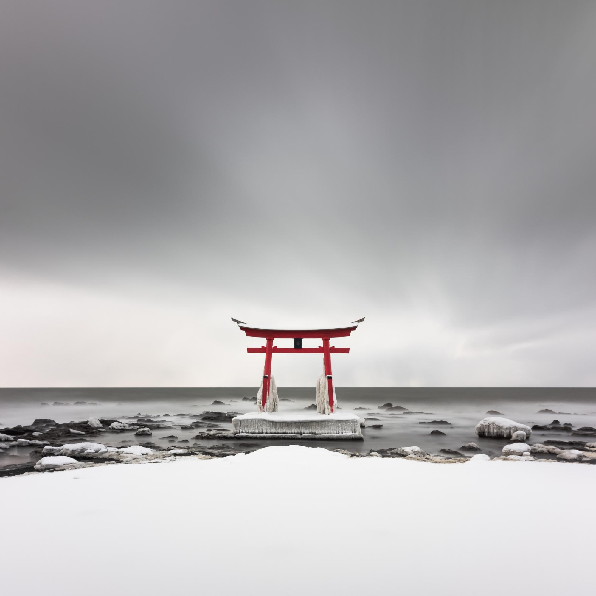 Minimalism in Hokkaido - Minimalist photography in winter in Hokkaido, Japan.