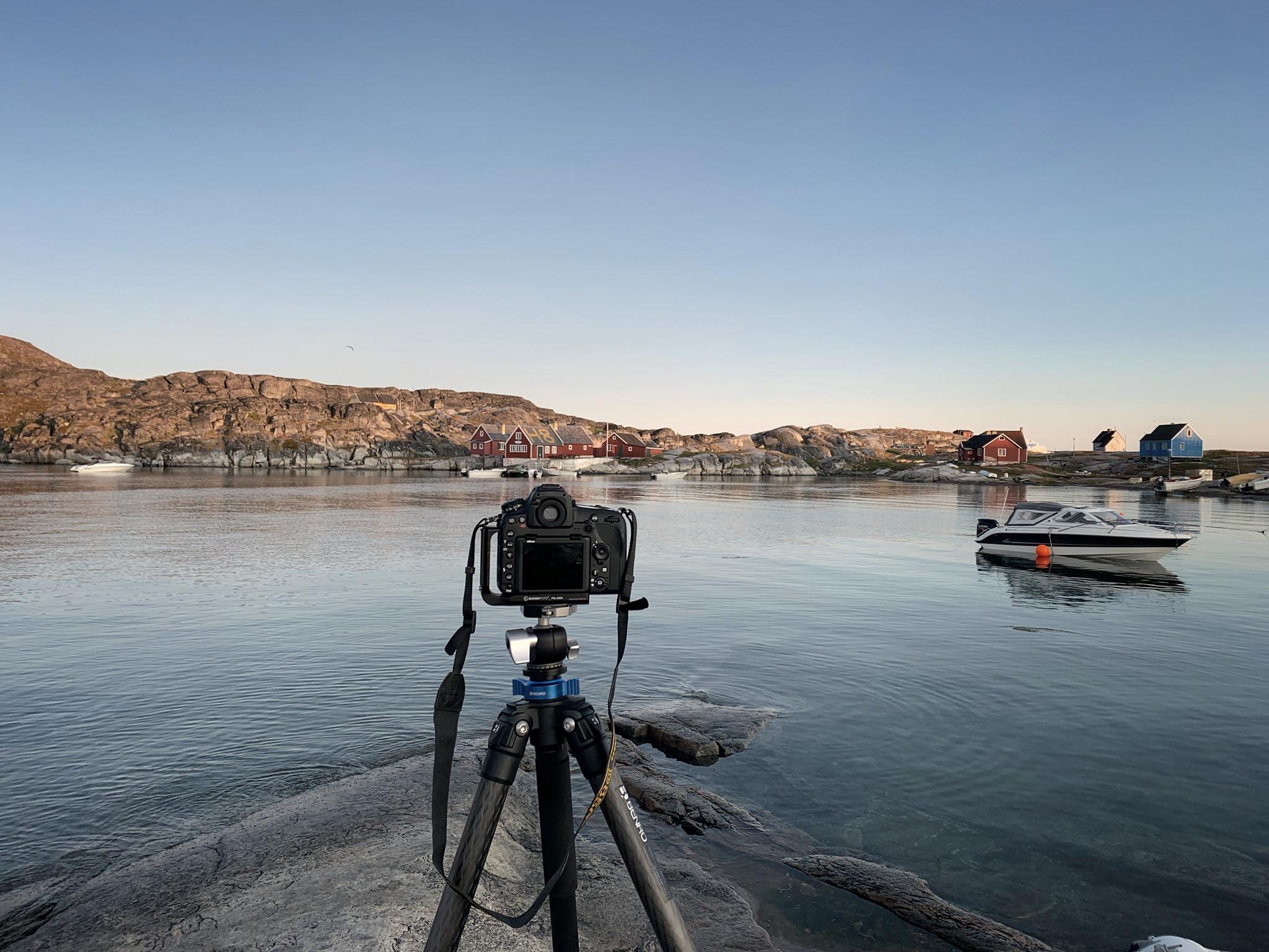 Shooting long exposures in Oqaatsut (Rodebaai).