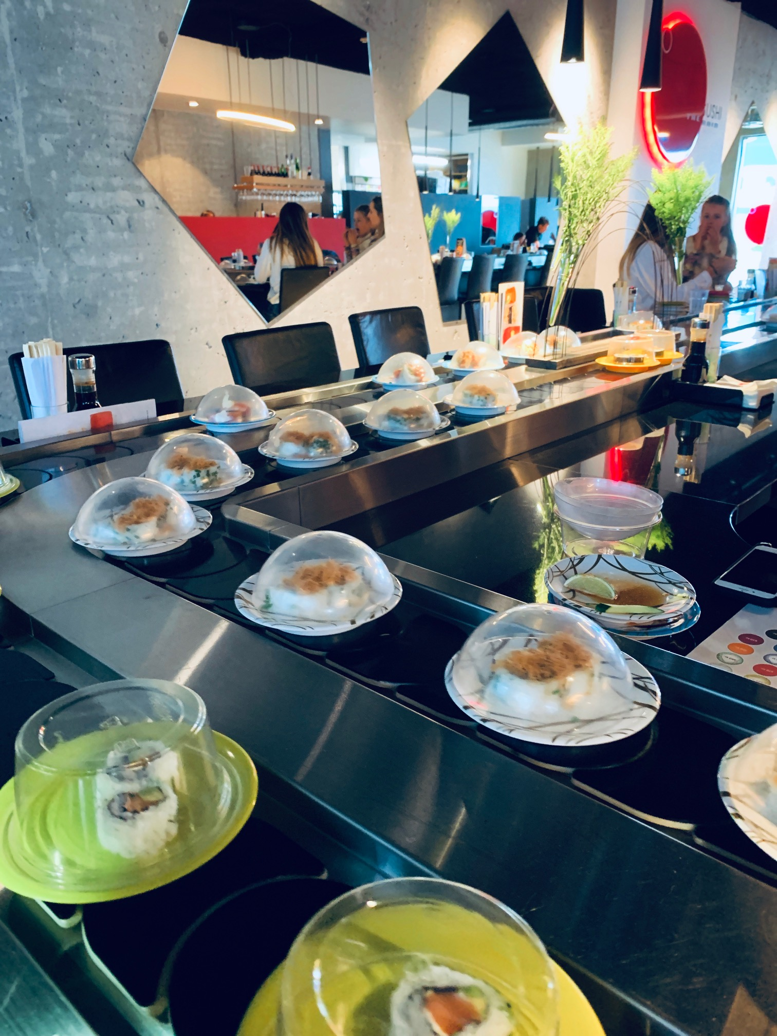 What better way (or more unexpectedly good way) to cheer ourselves up for being stuck in Reykjavik again than to have some conveyer-belt sushi?