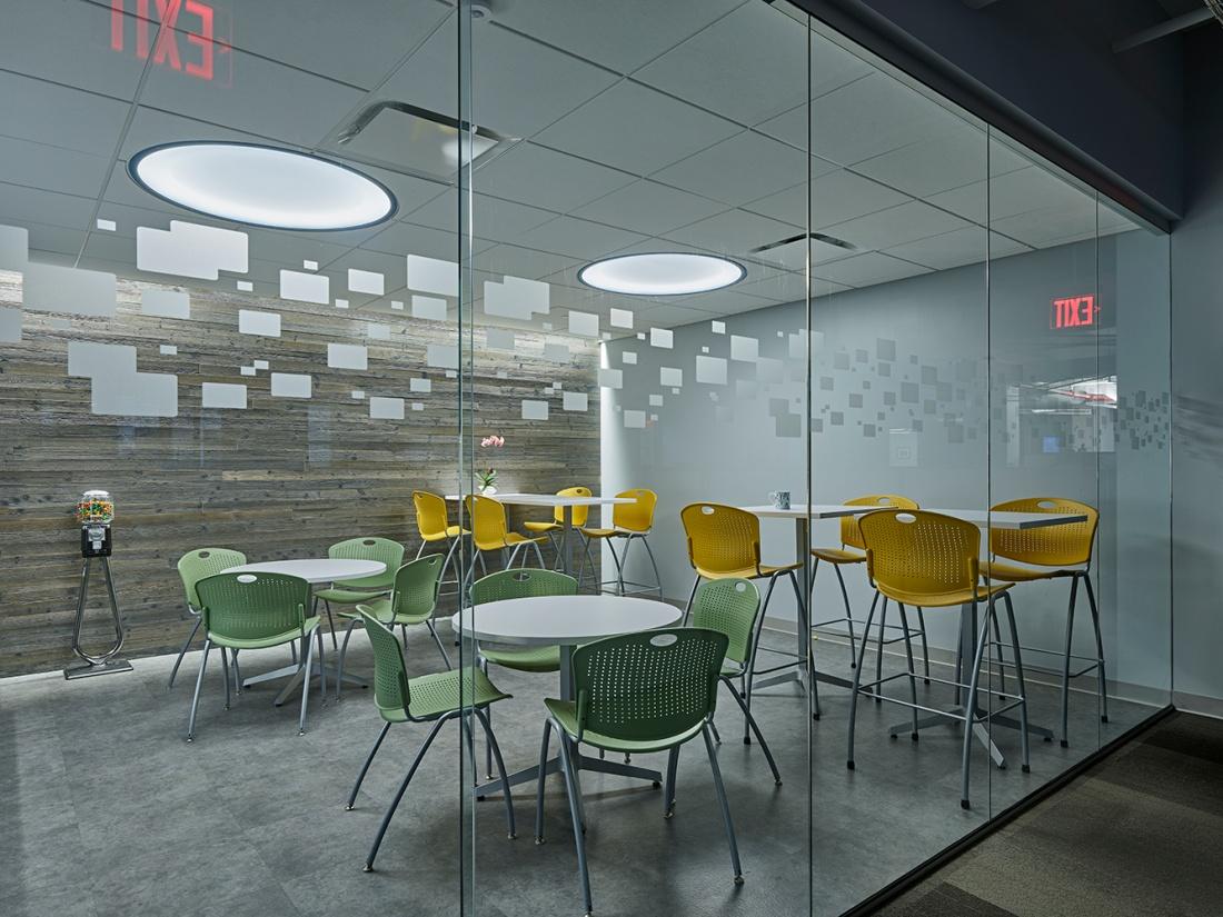 Symmetry-office-lighting-WG-5.jpg