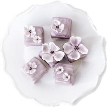 Los Angeles wedding desserts and stylish details - Cassandra & Company