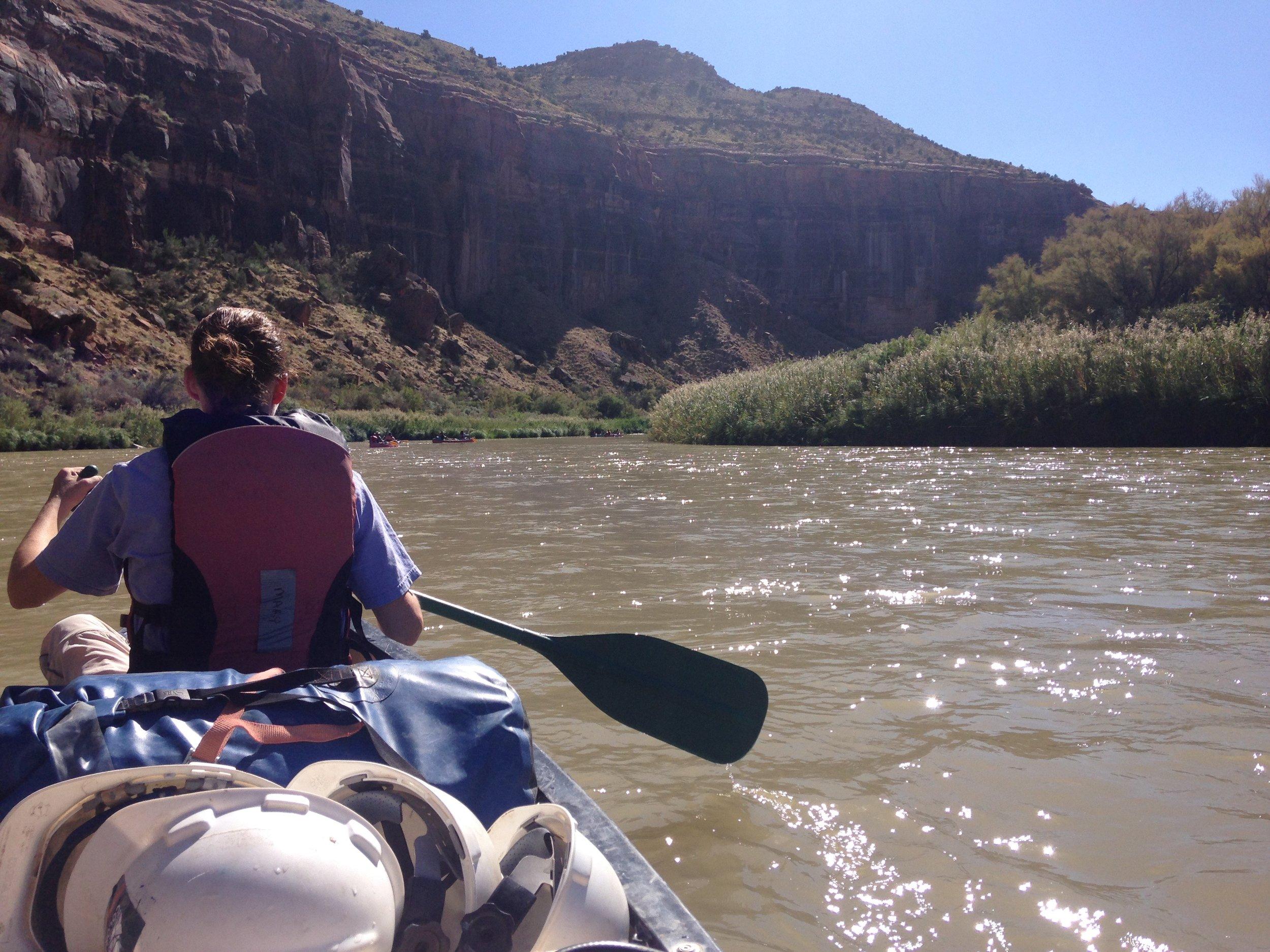 IMG_2826_canoe.jpg