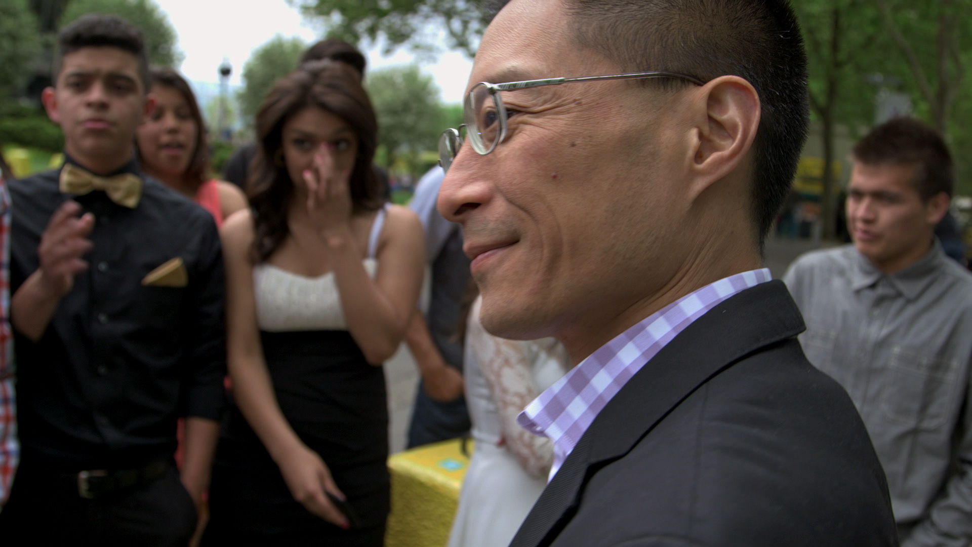 Eric_Liu_with_Quinceanera_Kids_AmericanCreed_72dpi.jpg