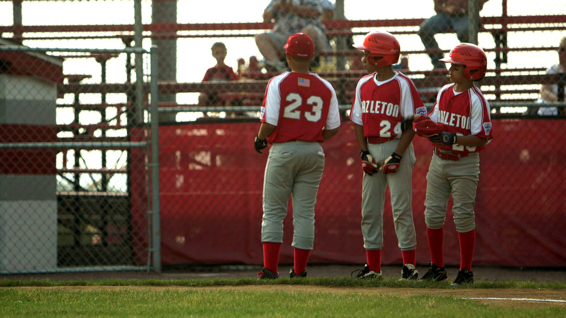Hazleton_Baseball_Team_Lining_Up_AmericanCreed_72dpi.jpg