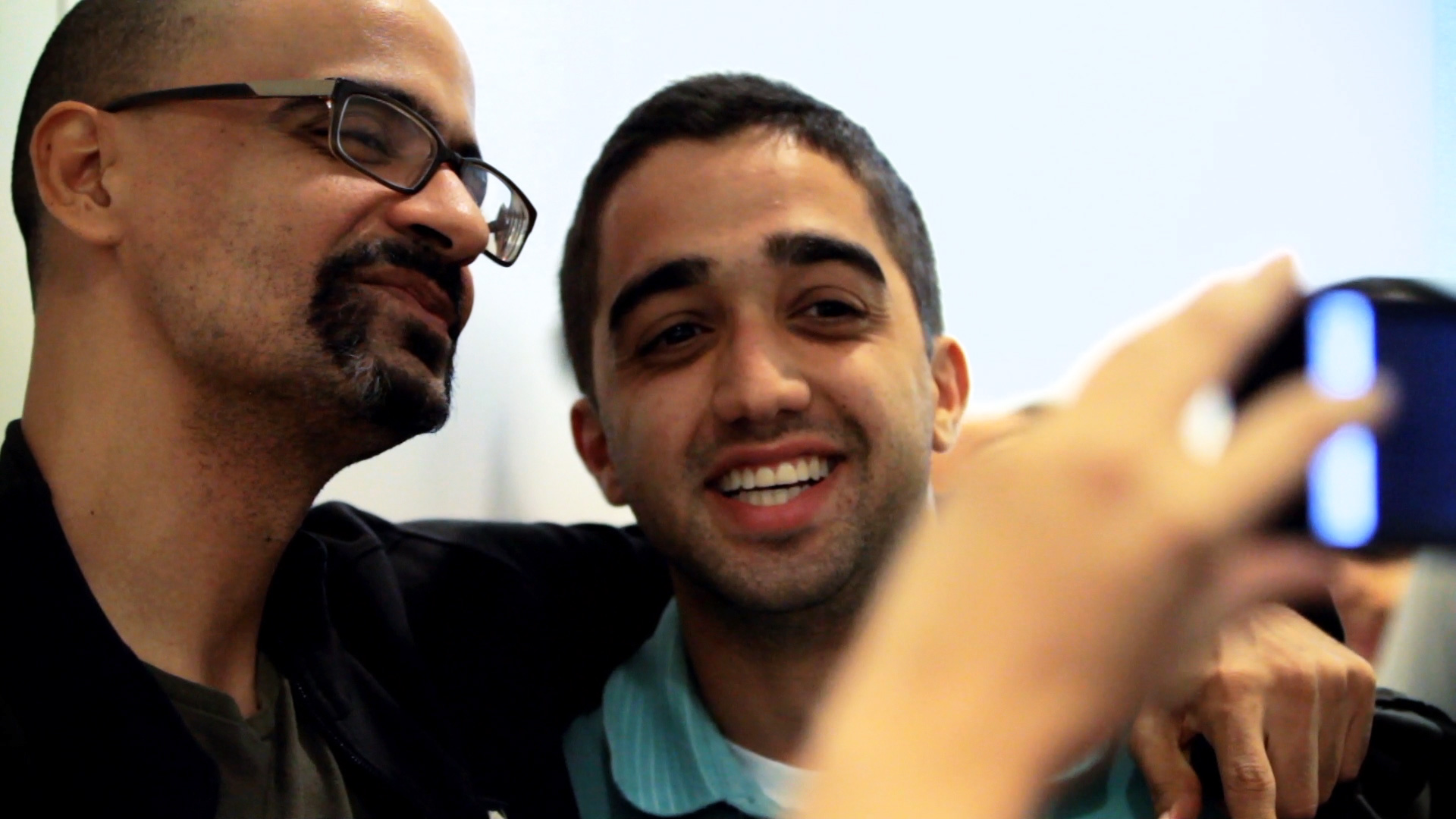 Junot_Diaz_Selfie_with_Fan_AmericanCreed_72dpi.jpg