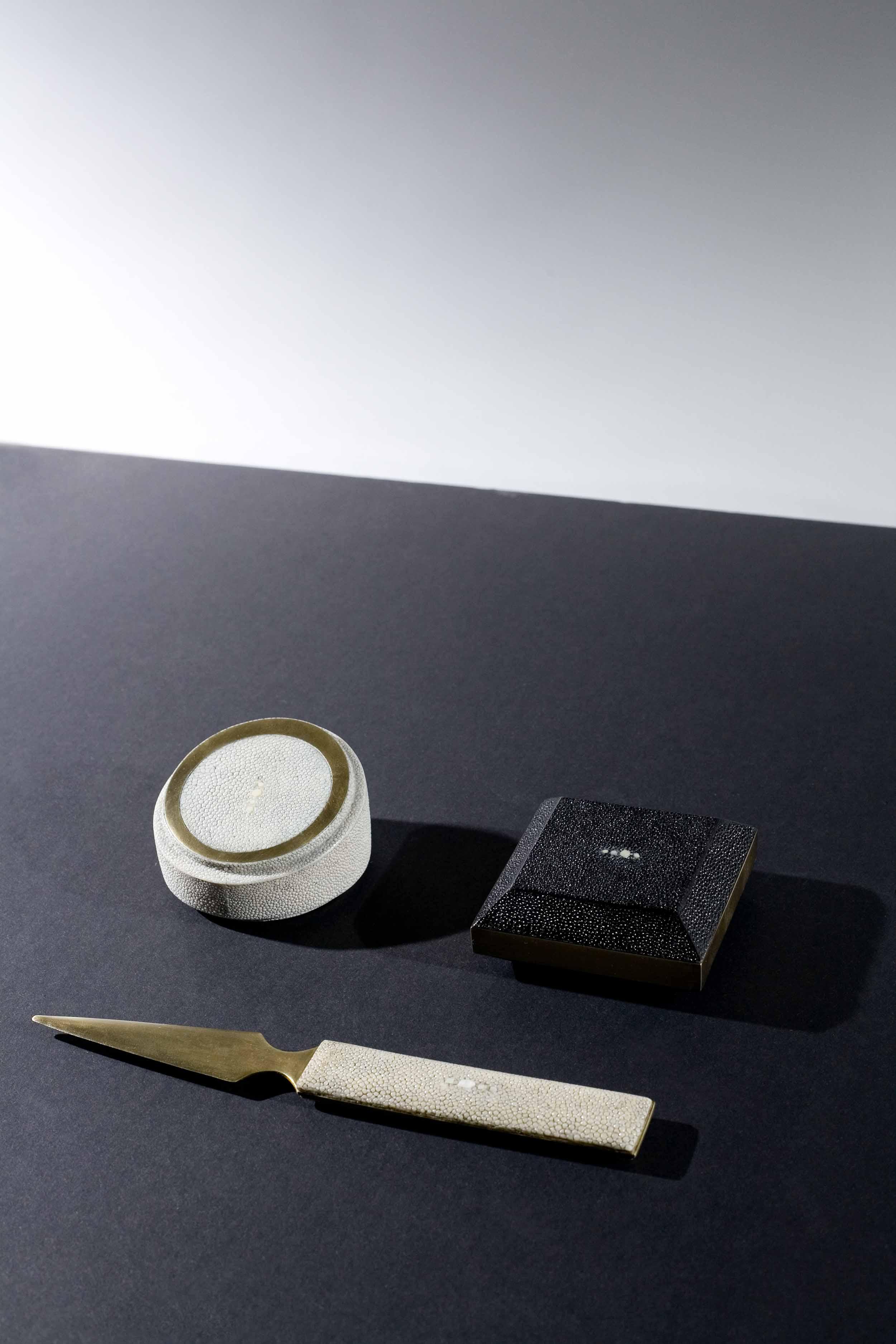 Kifu-Paris-Mood-Materials.jpg
