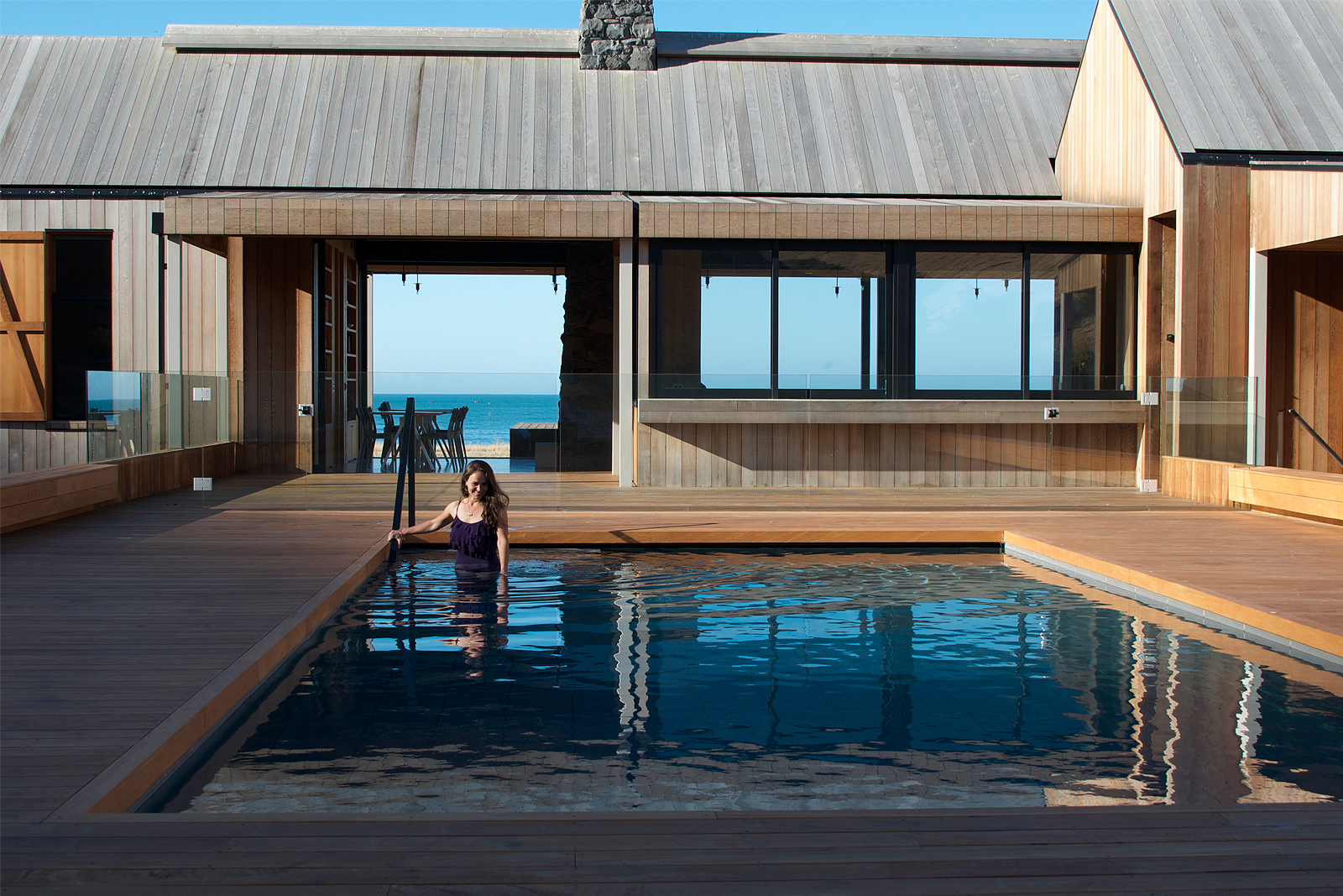 luxury_beach_house_rental_new_zealand_03.jpg