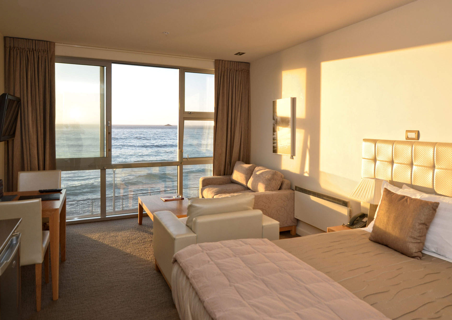 Executive-Ocean-VIew-Room-3.jpg