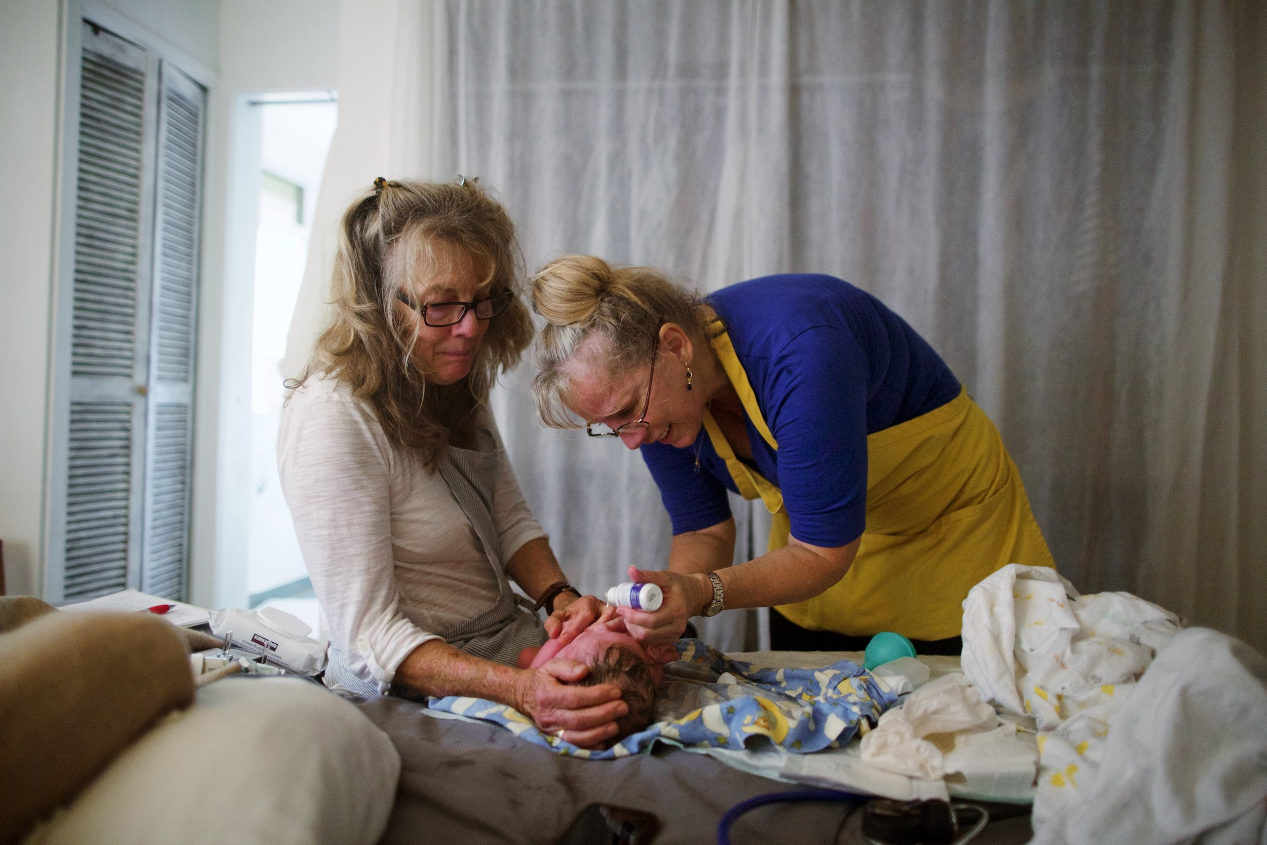 midwives-newborn-home-birth-maui.jpg