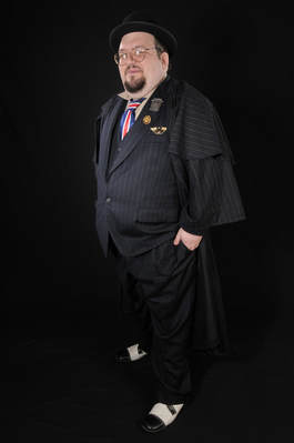 Jon Rosenthal as Minister Fudge - courtesy of The Enthusiasts