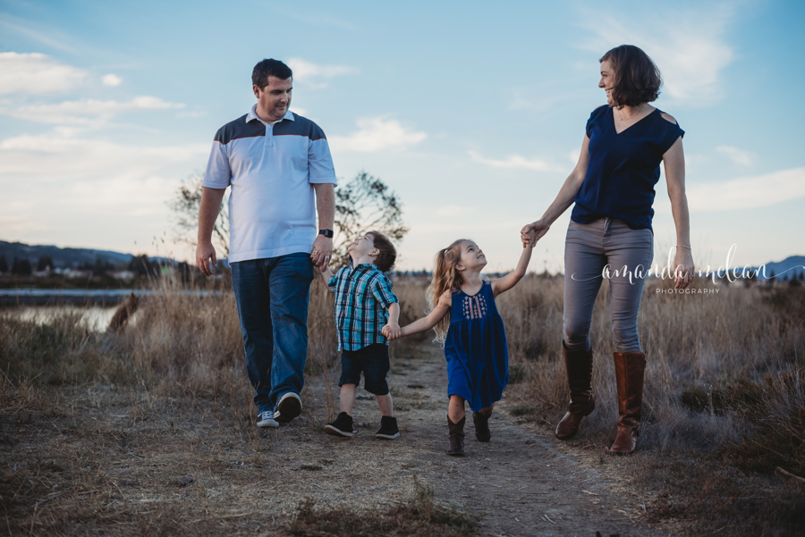 Storyteller Family Session$300 - Let's go on an adventure! With this session we will laugh, play, snuggle while catching those posed shots in between.This is a 1 hour session, up to 2 dress changes, 15 digital images, 2 facebook collages,  1 8x10 and 2 5x7 complimentary prints