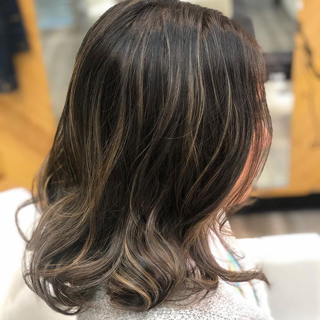 #ashtones #colormelt this will give you the most beautiful natural growout. Let me tell you this IS A process but it's worth the wait! #hairstyles #hairtrends #haircolorideas #newhaircolor #sandiegohairsalon #vineandbranchsalon