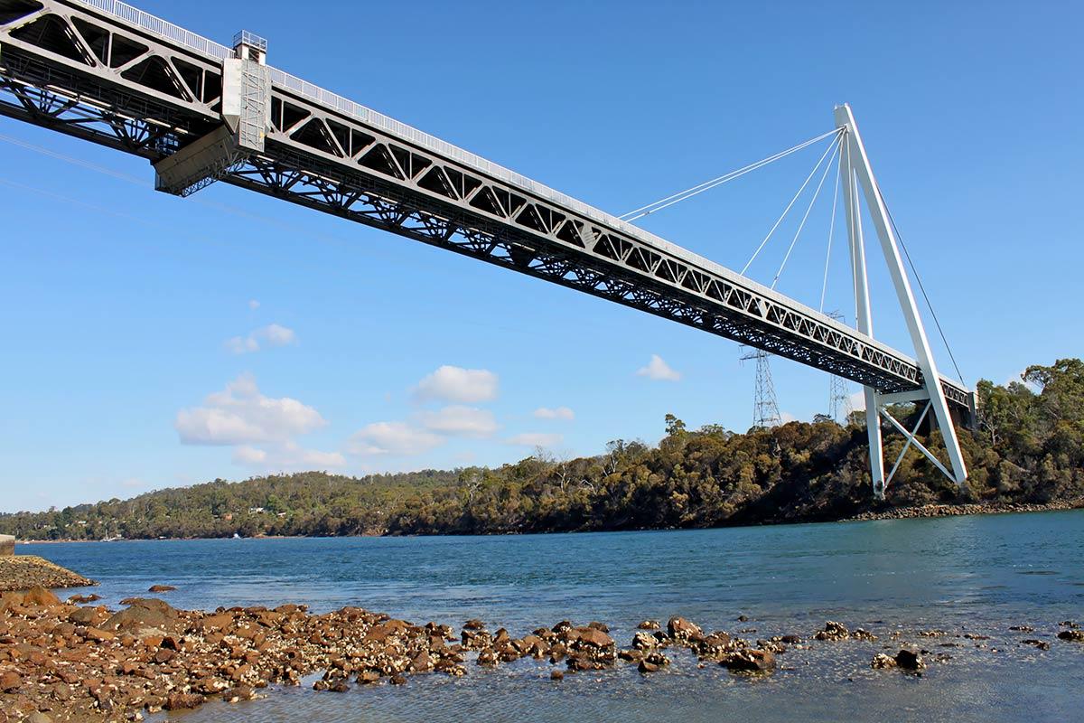 Tasmania_-_Batman_Bridge.jpg