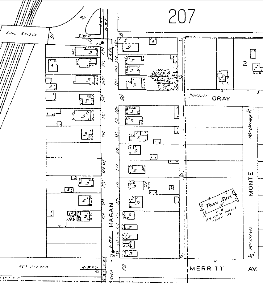 """Sanborn Map 1951,p.207, showing the Meat-Cutting Sausage Plant behind the house at 507 Hagan , a street which was all residential then. Dotted line in the alley denotes edge of City Limits.  NB: The """"meat cutting sausage building"""" at 507 is the only building that still remains."""