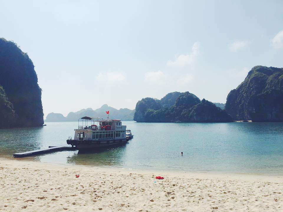 Visiting Halong Bay in February 2017 with Castaways.