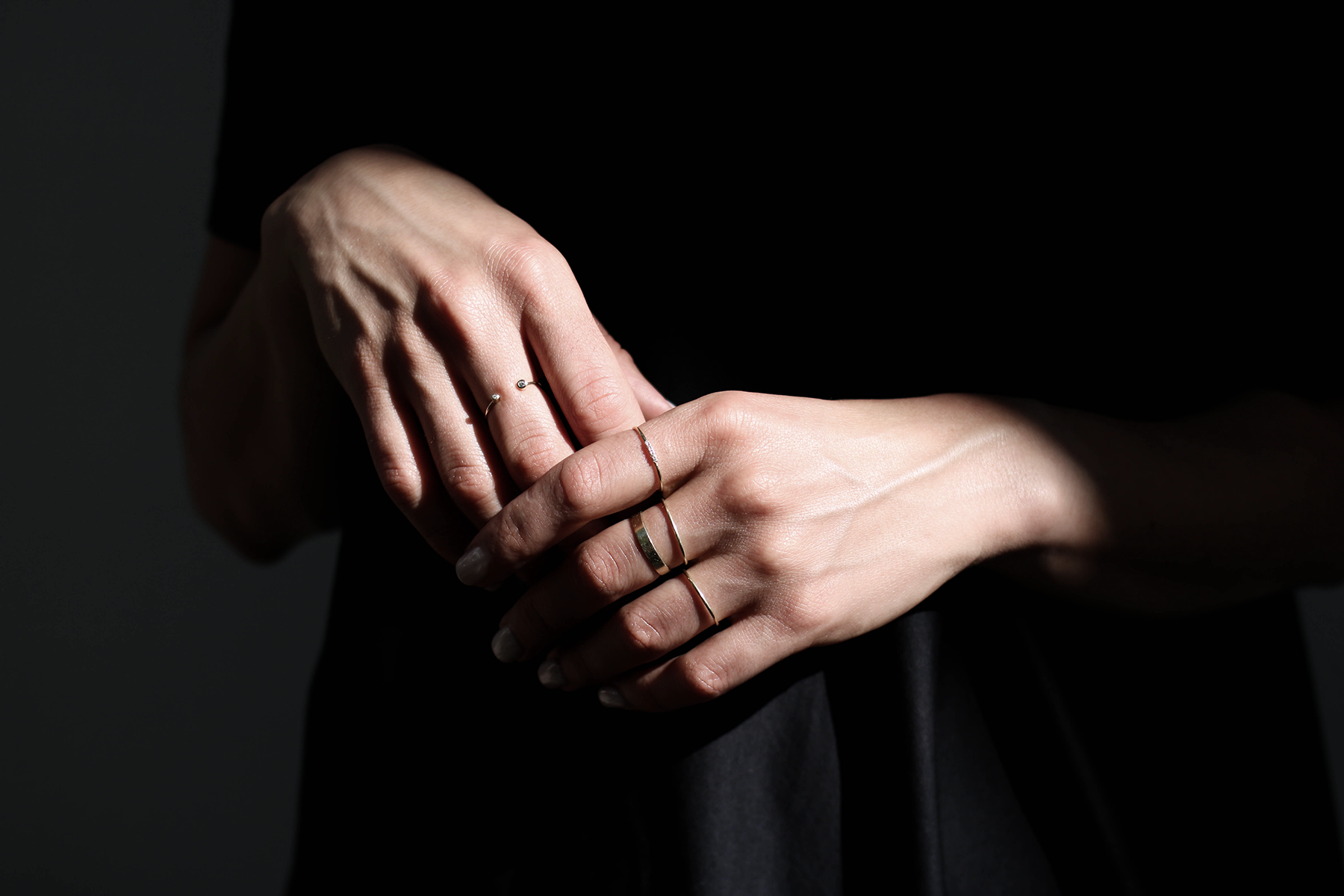 - OUVERTUREBrand Identity. Strategy. Creative Direction.OUVERTURE is a jewelry brand built on the belief that classic can be modern and luxury is for everyday. The collection consists of contemporary must-have staples at a fair price - designed to last.