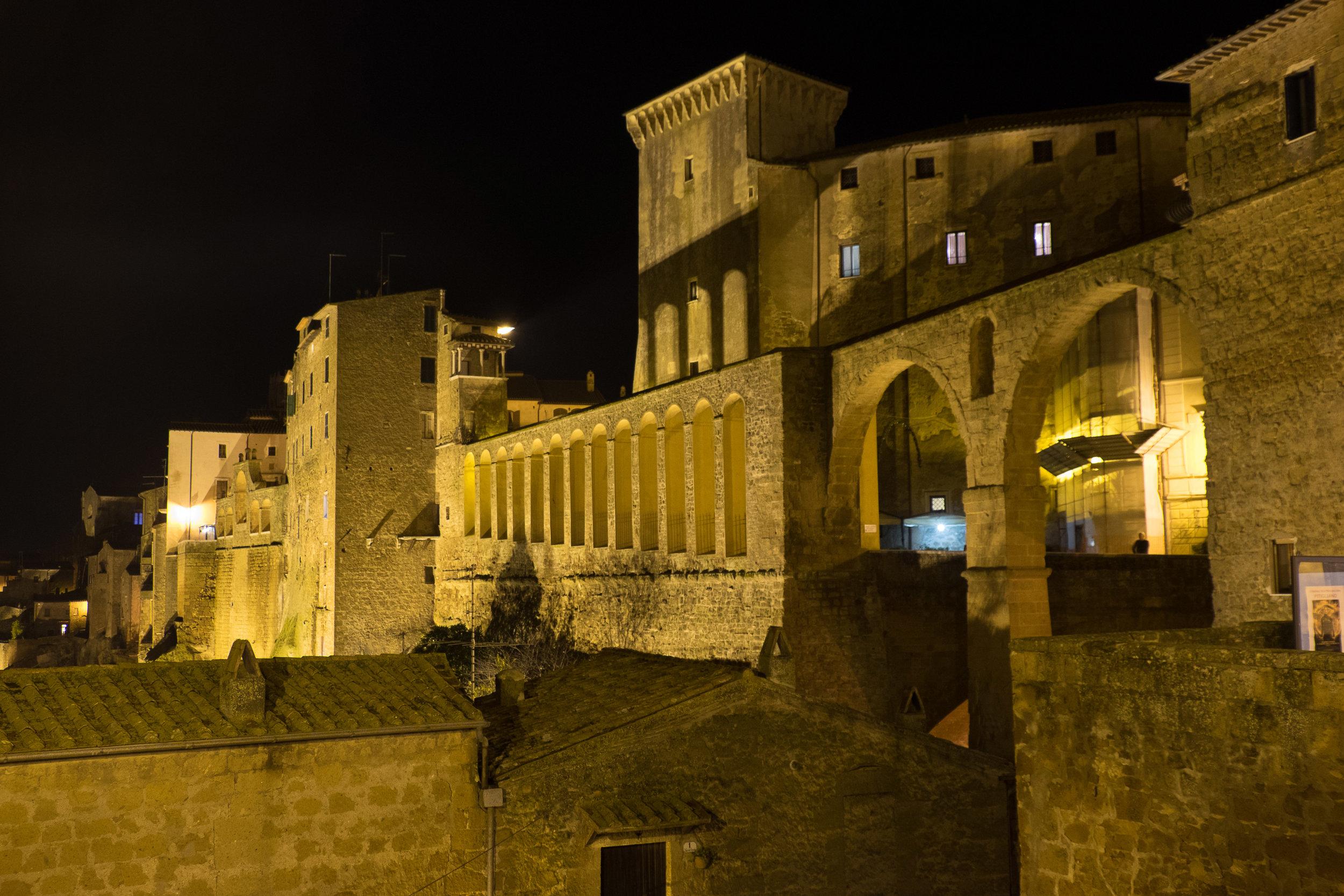 Pitigliano by night, Tuscany | ©John Szabo (published by Jacqui Small)