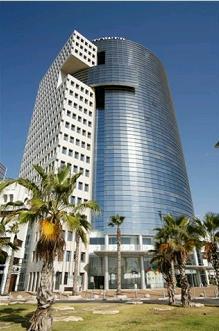 Israeli Trade Tower.  Tel Aviv 2011