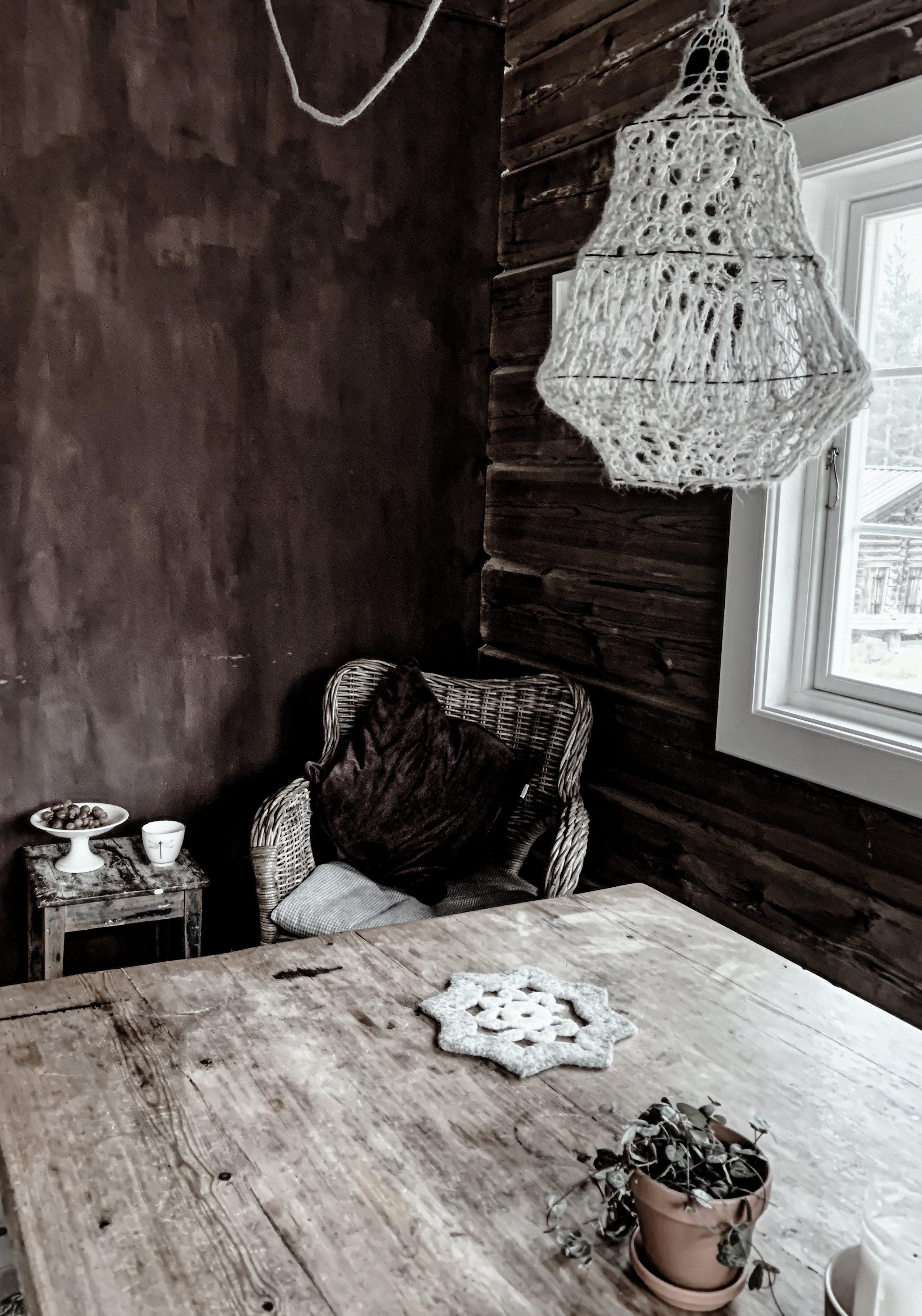lonin_kjøkkenbord2.jpg