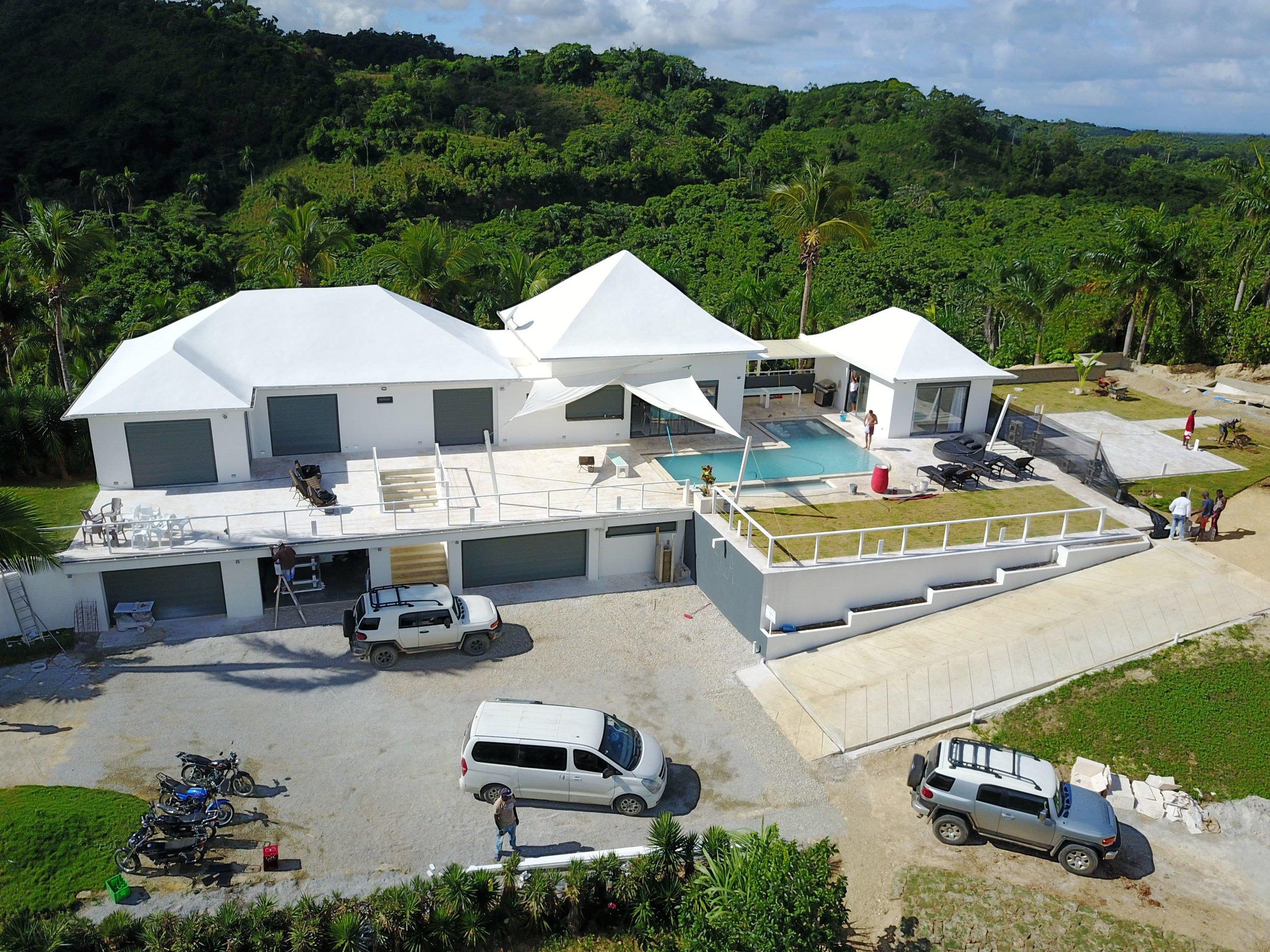 Villa on cocoloba for Sale5-min.JPG