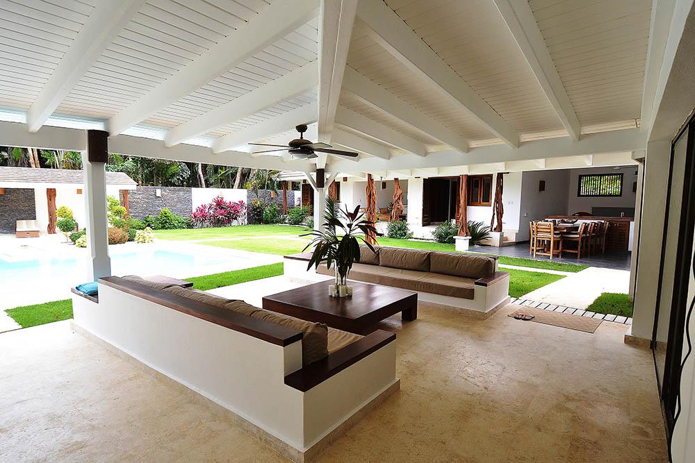 Luxurious hacienda for sale Las Terrenas Casa Nicole7.jpg