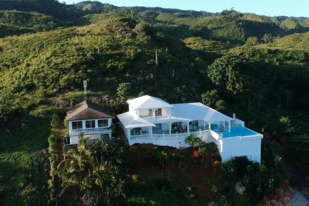 Villa and Bungalow with panoramic view for sale Las Terrenas7.jpg