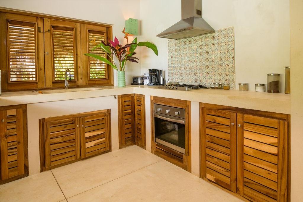 Villa Kitchen.jpg