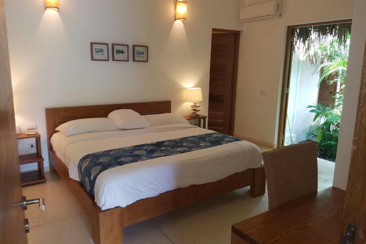 Villa bedroom 2.jpeg