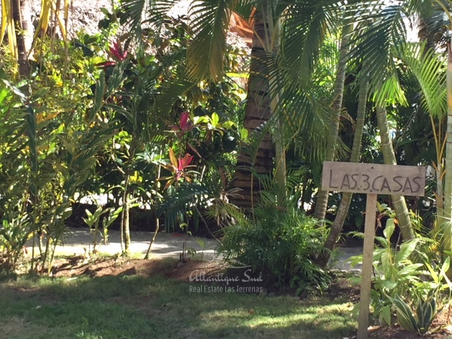 Main villa & 2 separated bungalows in exclusive community several steps from the beach in Las Terrenas Real Estate Dominican Republic11.jpg