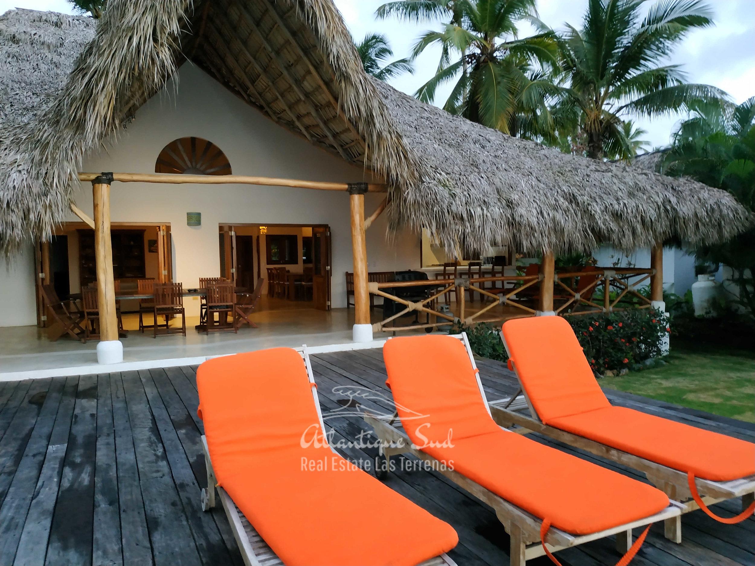 Villa los nomadas for sale beachfront 25.jpg