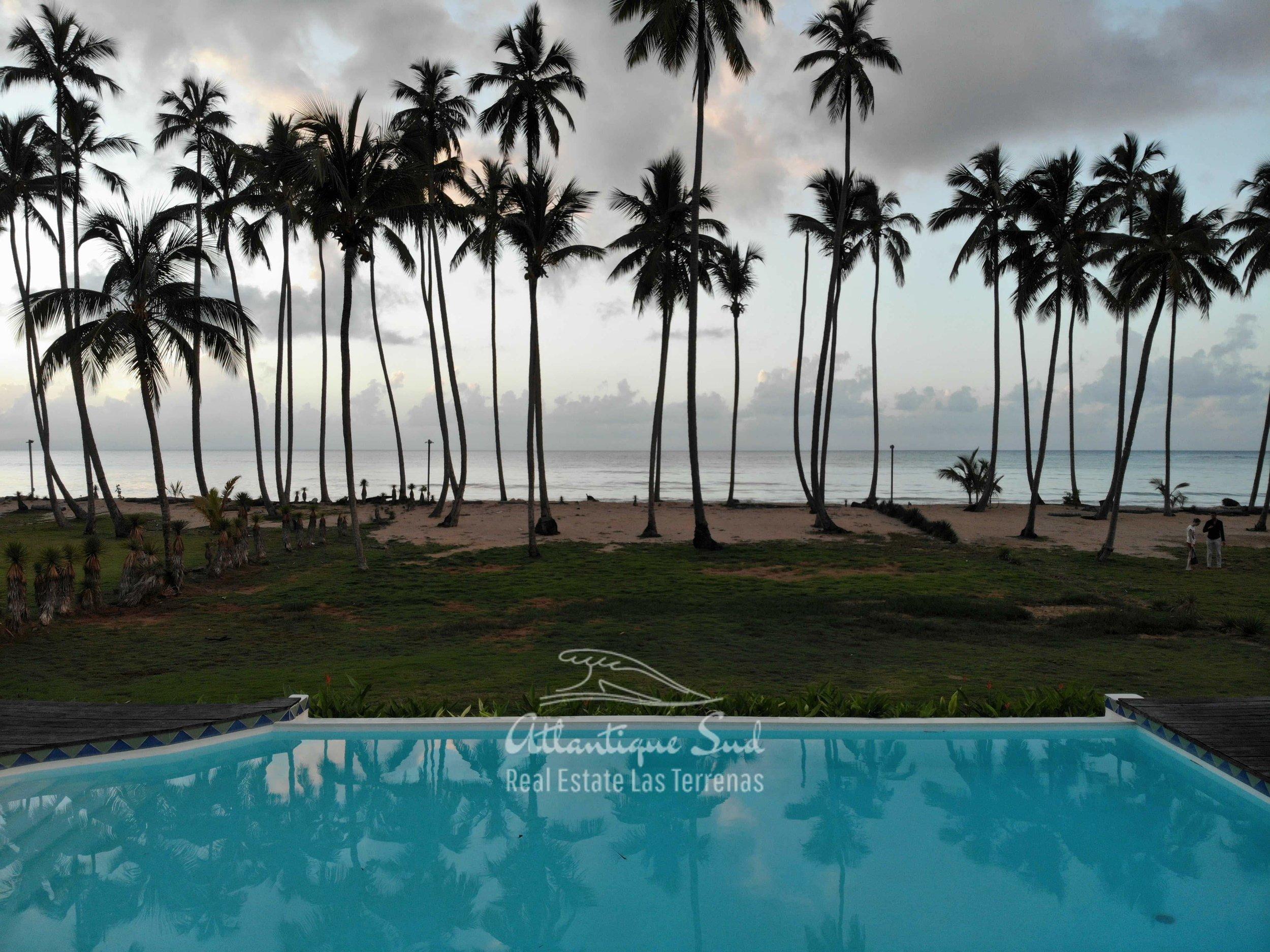 Villa los nomadas for sale beachfront9.jpg