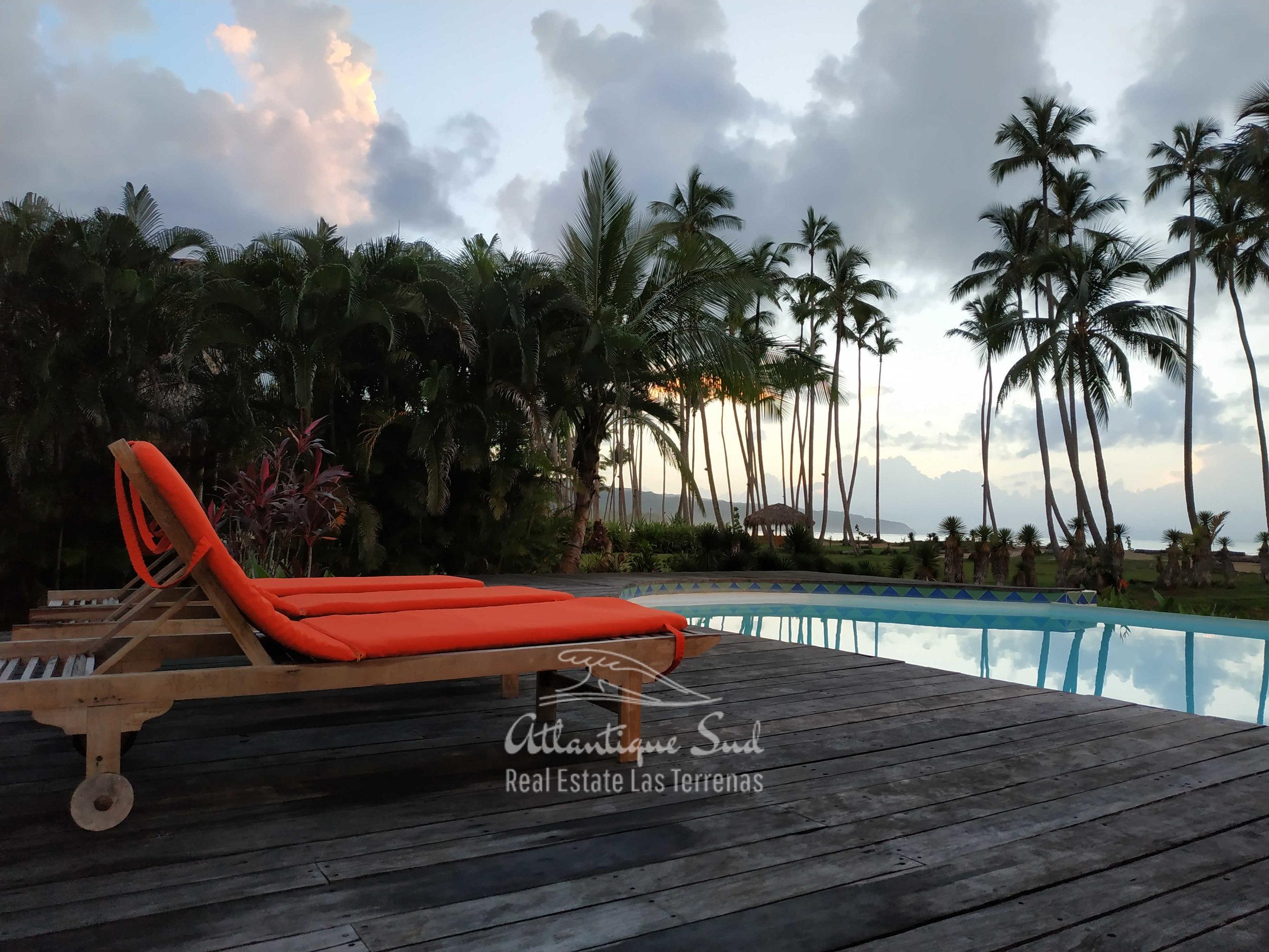 Villa los nomadas for sale beachfront 3.jpg