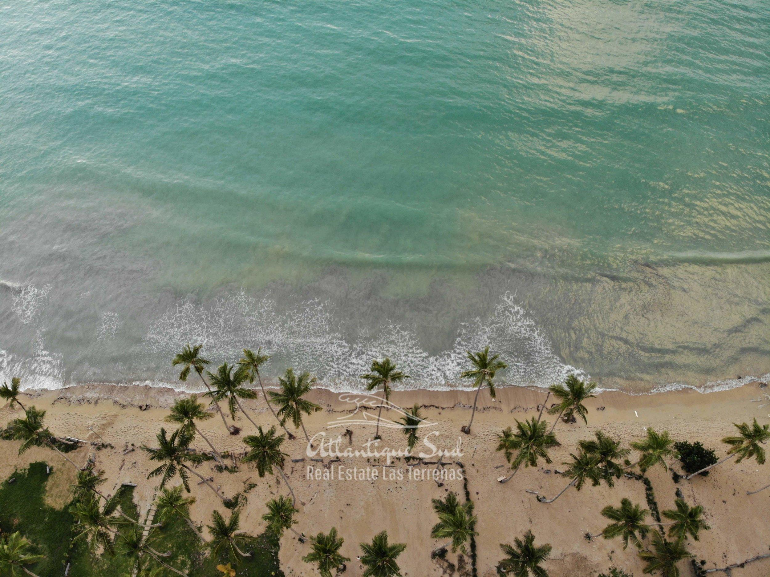 Villa los nomadas for sale beachfront5.jpg