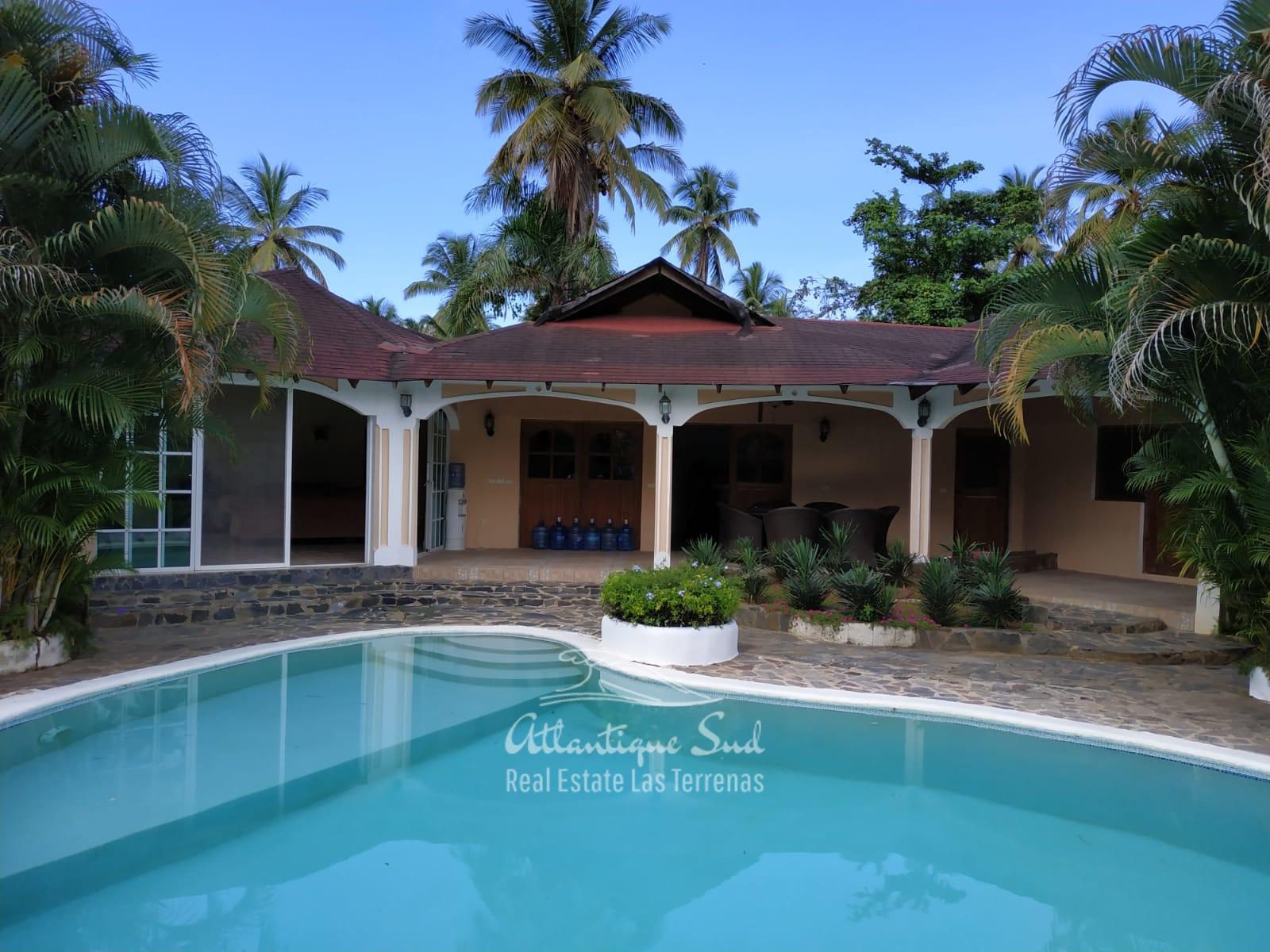 Villa los nomadas for sale beachfront 13.jpeg