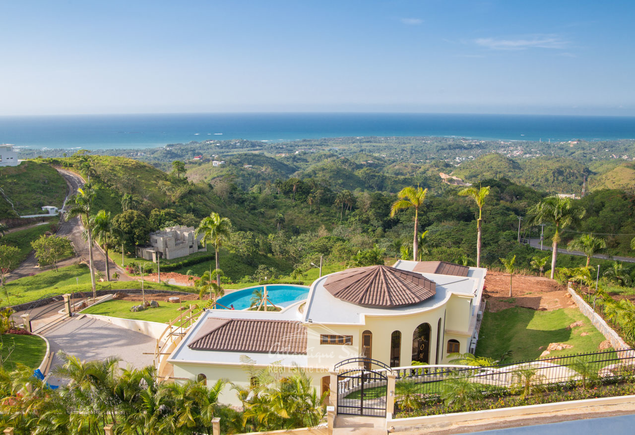 Unique community development on a large hill with breathtaking ocean views in Las Terrenas Real Estate Dominican Republic (9).jpg
