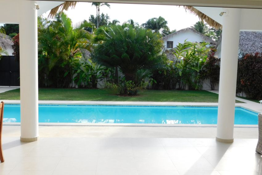 villa-for-rent-near-playa-las-ballenas12.jpg