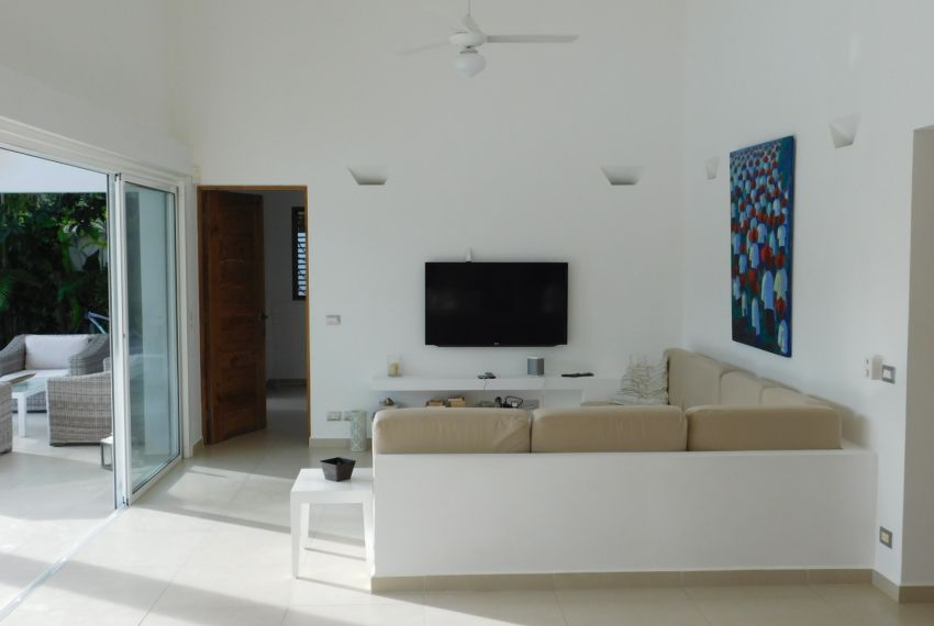 villa-for-rent-near-playa-las-ballenas11.jpg
