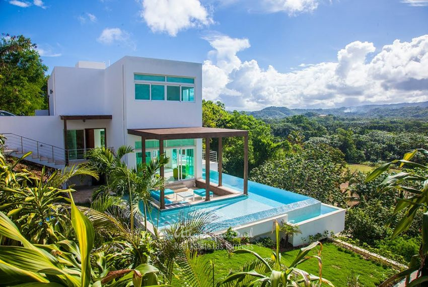 Lovely villa on a hill with ocean views Real Estate Las Terrenas Atlantique Sud Dominican Republic 1 (4).jpeg
