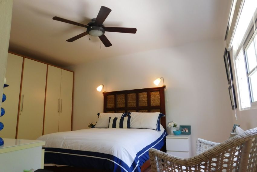 superb apartment in playa las ballenas10.jpg