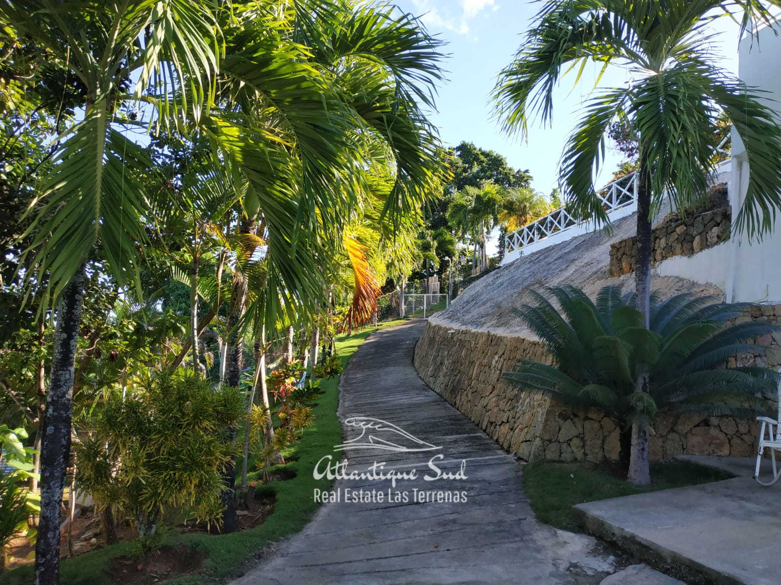 Villa for sale on hill in Las Terrenas Dominican republic4.jpg