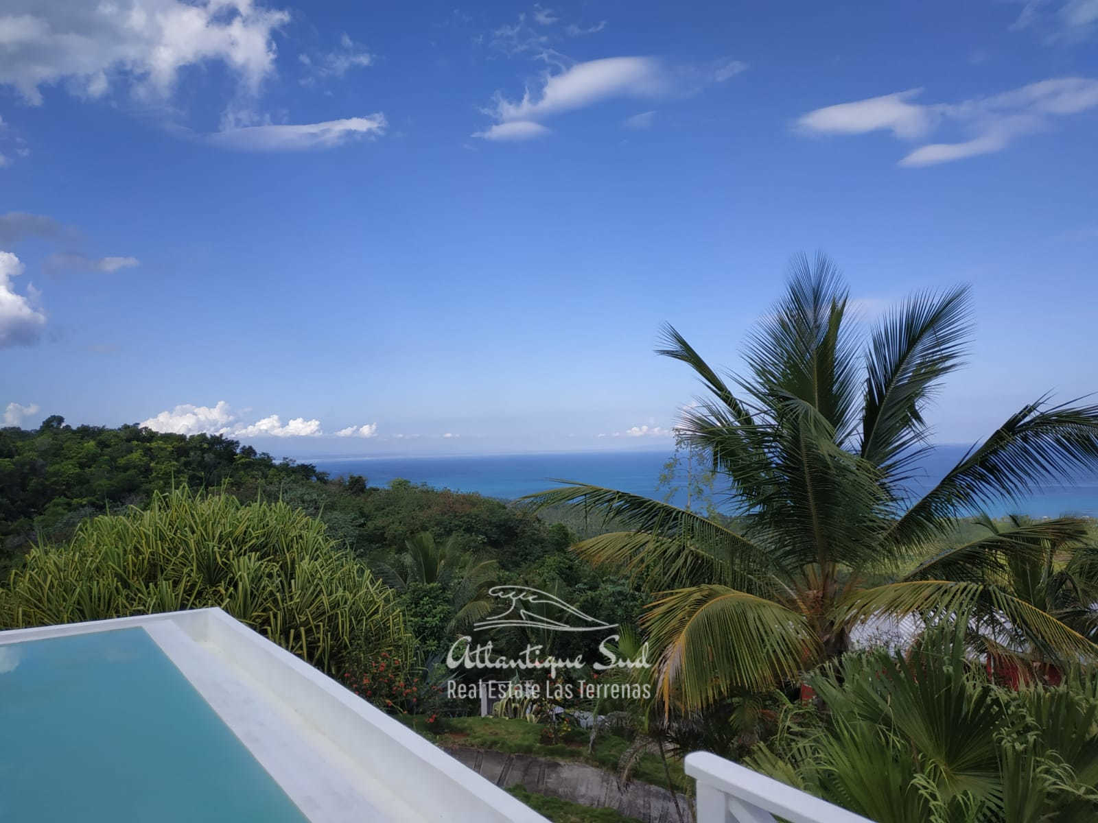 Hillside house for sale in Las terrenas7.jpg