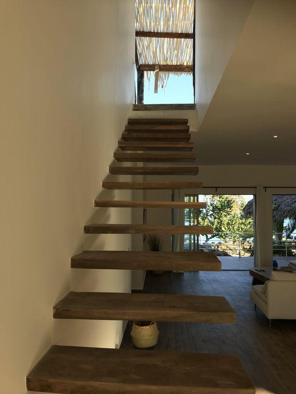 penthouse-steps-away-from-punta-popy17.jpg