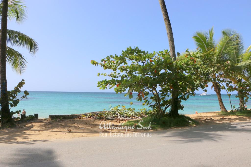 Prime beachfront lot.jpg