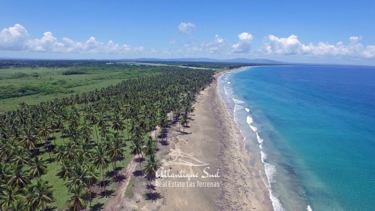 Development land on oceanfront 3.jpg