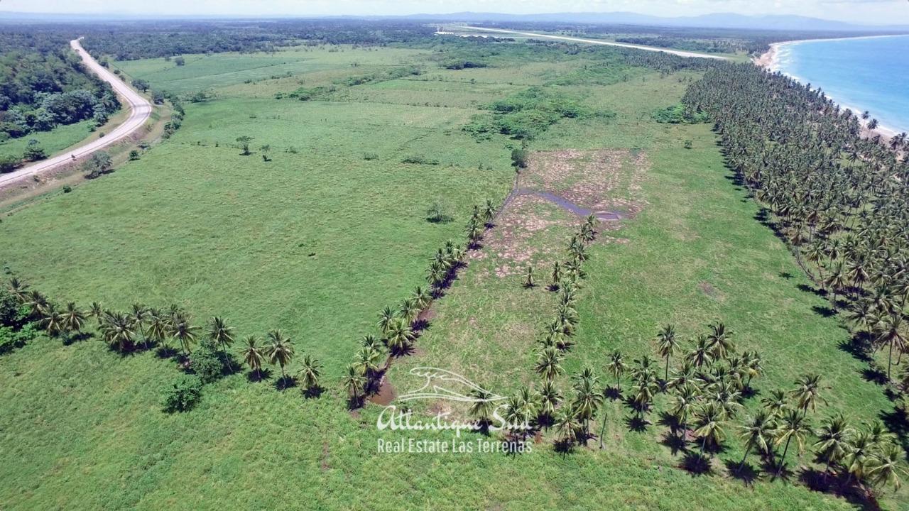 Development land on oceanfront 5.jpg