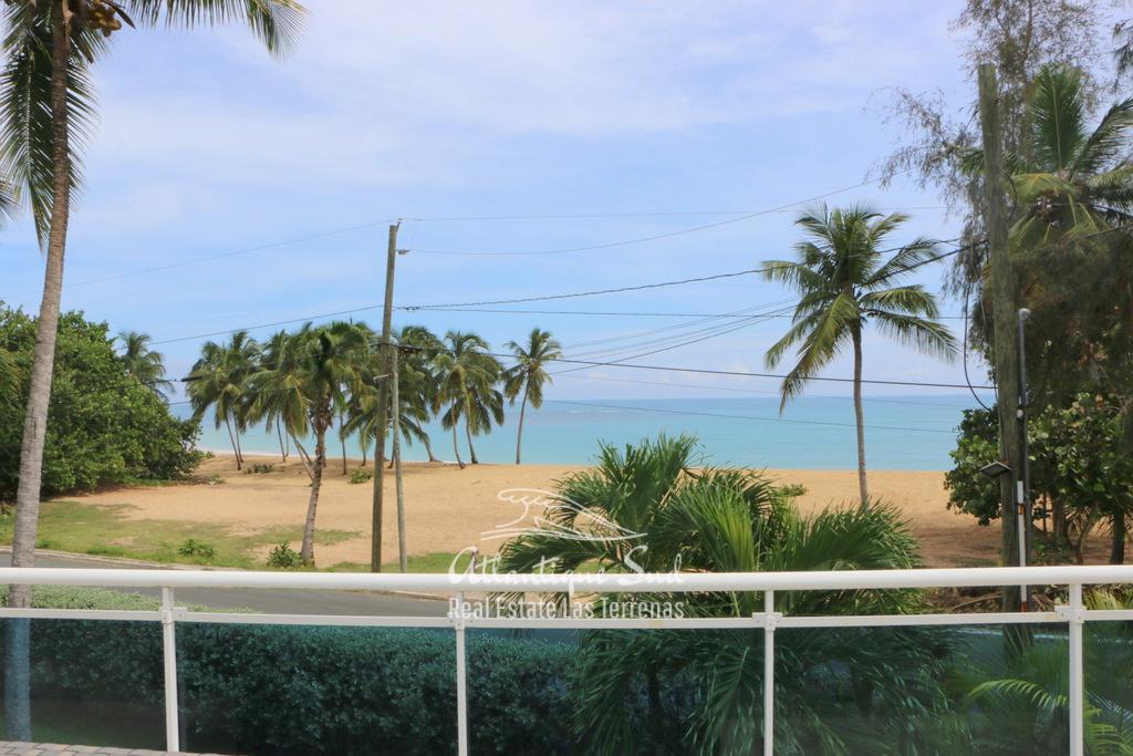 Beach front villa at Playa Popy 3.jpg